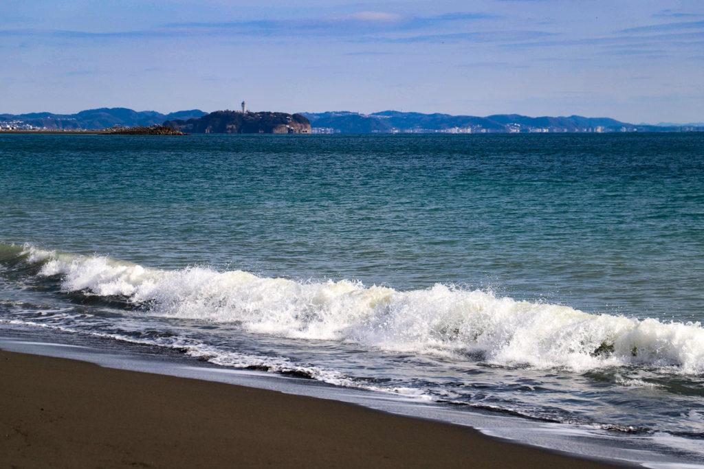 茅ヶ崎風景_茅ヶ崎サザンビーチから江ノ島遠景